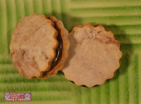 Sandwich Cookies top